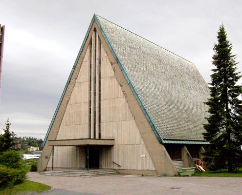 Manglerud_kirke-Photo-Hans-Petter-Fjeld