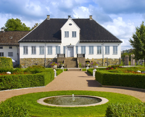 hus-og-hage-landskapsformat_DSC0036
